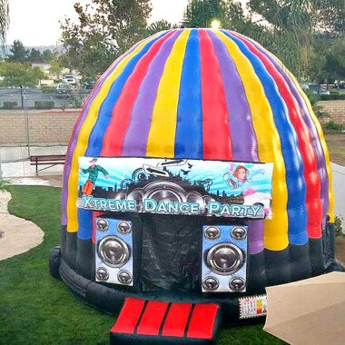 PenguinsUp Xtreme Dance Dome Bounce House
